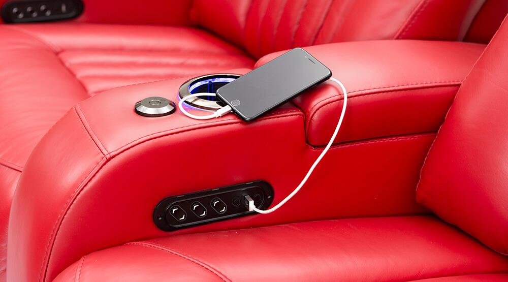 seatcraft-armrests-gal-usbcharging.jpg