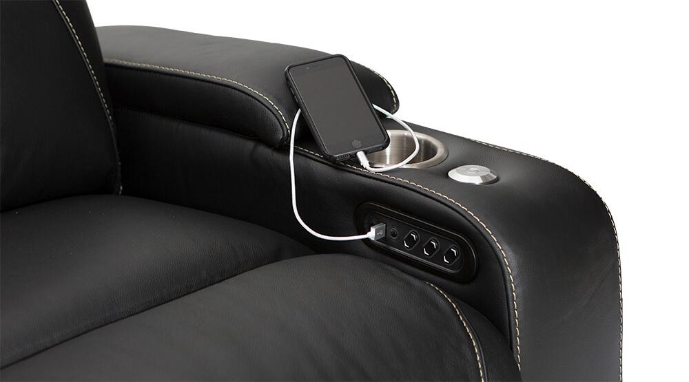 vienna-by-seatcraft-multimedia-usb-charging-port-black.jpg