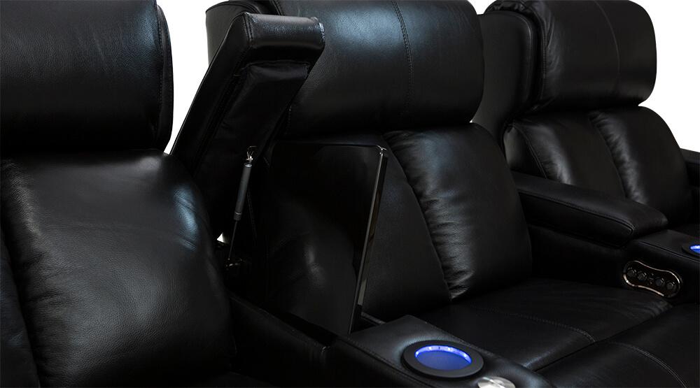 Seatcraft-Samson-In-Arm-Storage.jpg